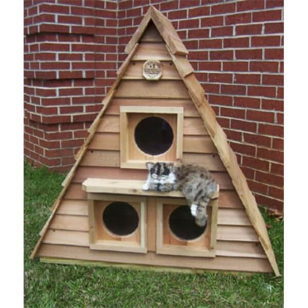 Catsplay cat cottage triplex